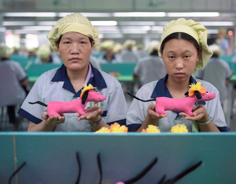 Chinese Toy Factory - Michael Wolf